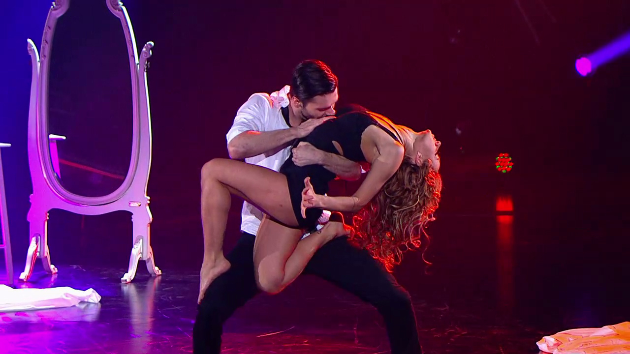 секс во время танца
